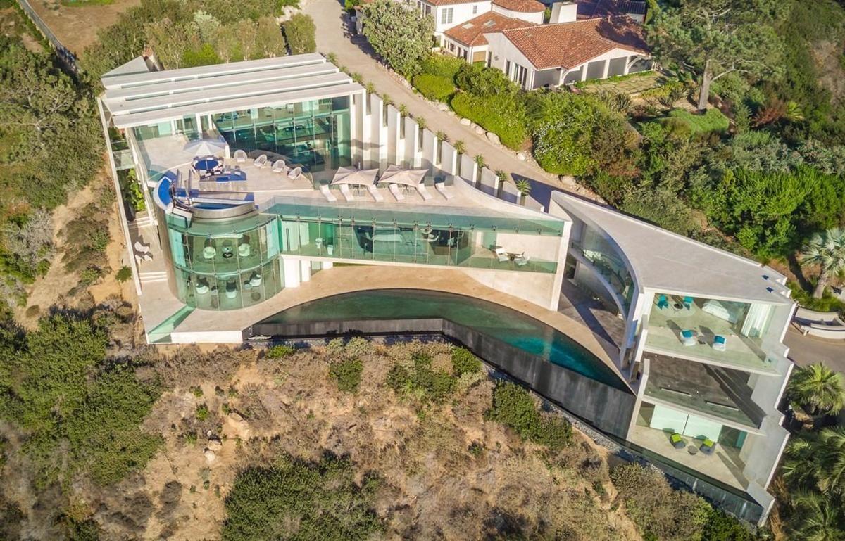 La Jolla S Razor House Listed For 30 Million La Jolla La Jolla