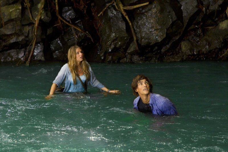Still Of Indiana Evans And Brenton Thwaites In Blue Lagoon