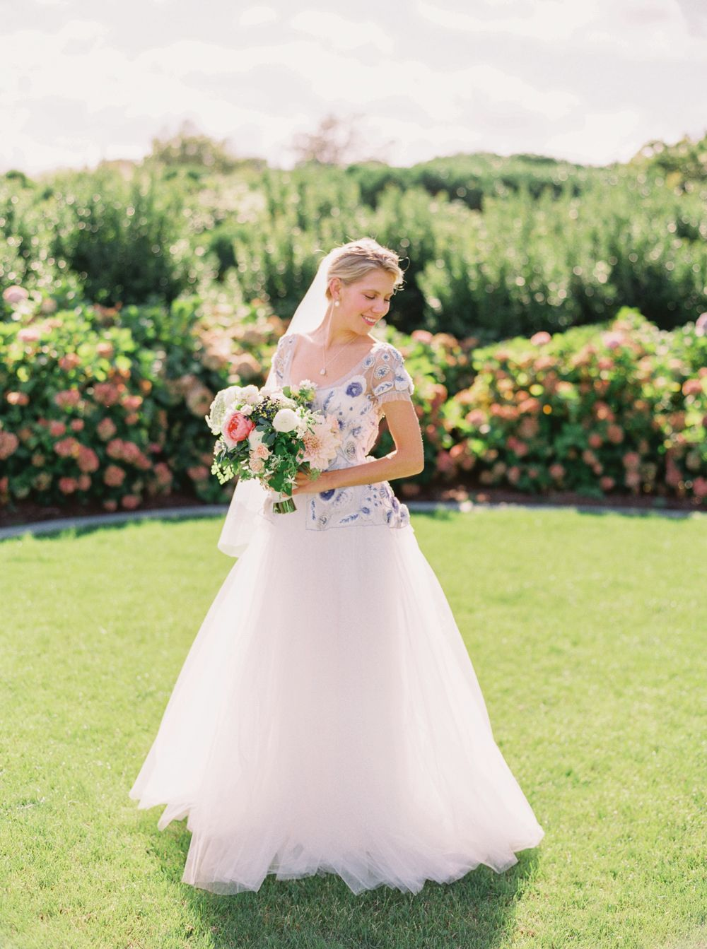 Elizabeth u tylerus elegant ocean house wedding in watch hill rhode
