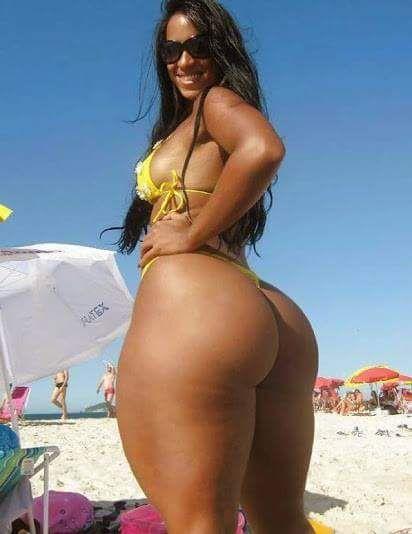 Curvy wide hips big nudes