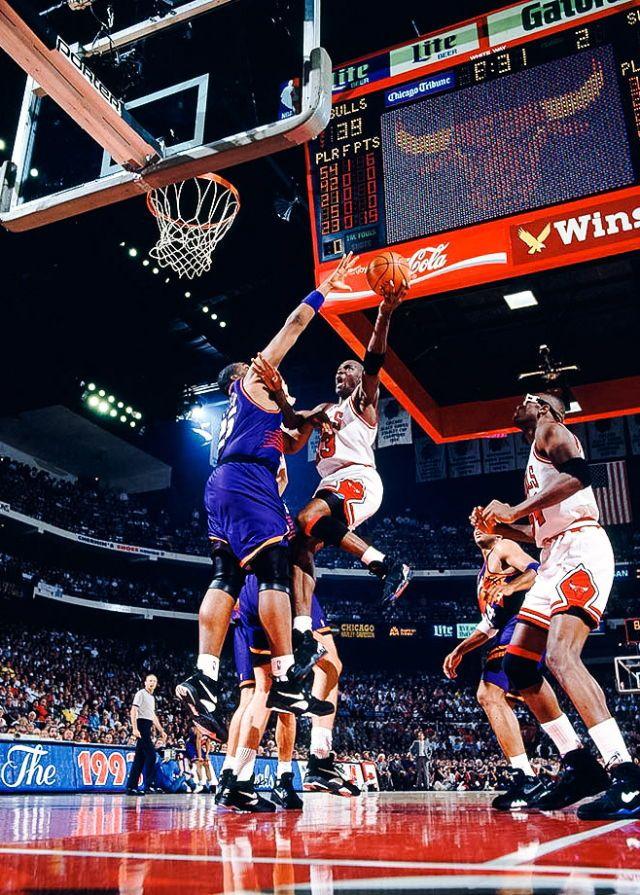 302cf8e4fb83 1993 NBA Finals-Bulls vs Phoenix Suns