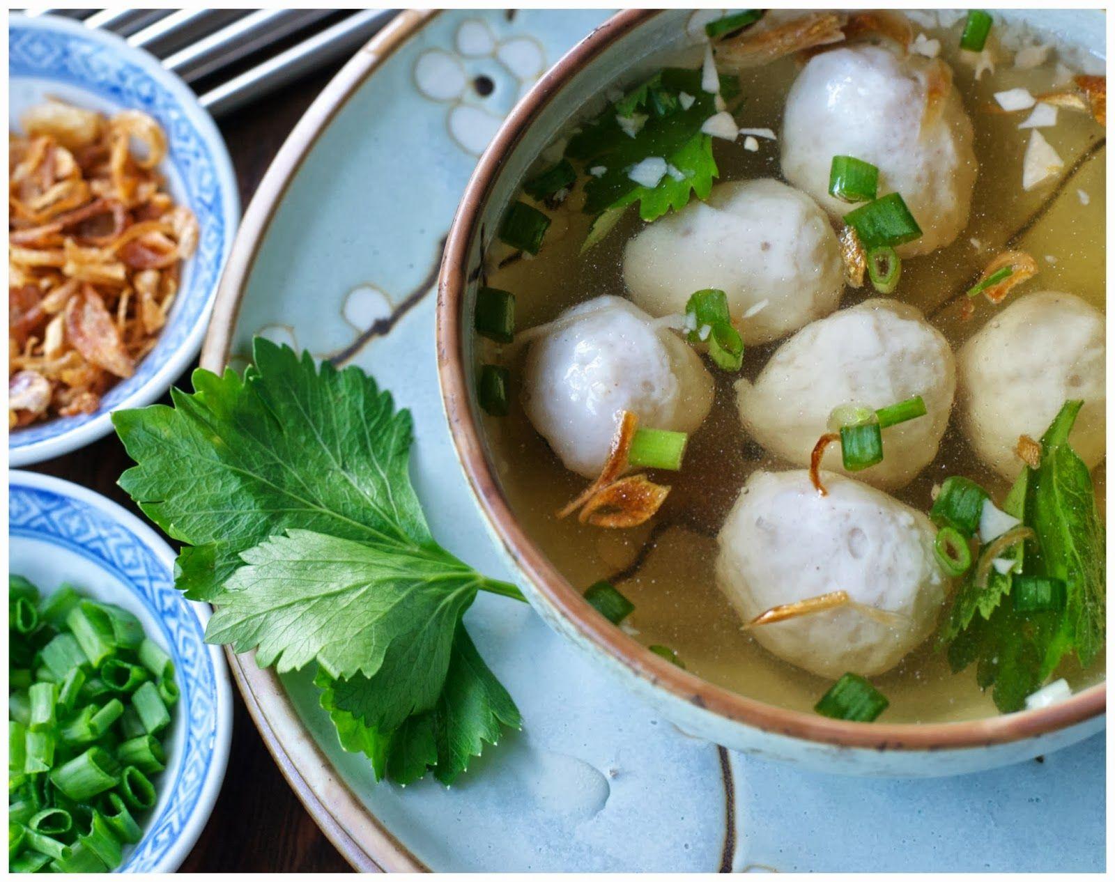 Indonesian Medan Food Membuat Bakso Ikan Kenyal Home Made Springy Fish Ball Indonesien