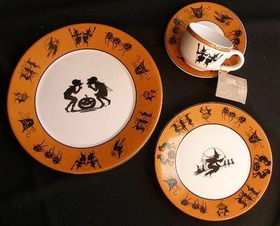 Bethany Lowe S Hobgoblin China Set Juxtapost Com Halloween Collectables Halloween Tea Party Halloween Dishes