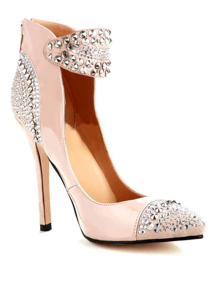 In love with this shoe!