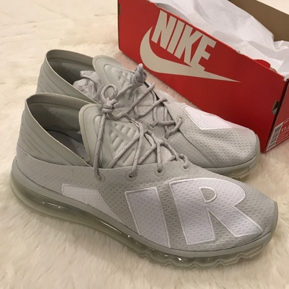 NIKE Air Max FLAIR 942236 005 Running Shoes New Brand new with box size  11.5. 1669a33c6