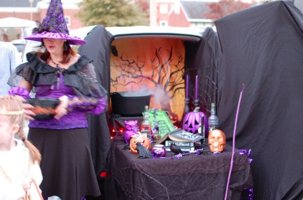 witch car Halloween Pinterest Witches, Hallows eve and - halloween decorated cars