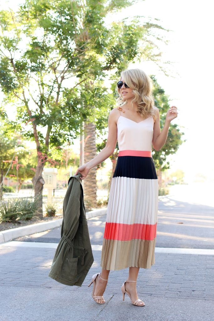 3d600133cfa pleated dress - midi dress - banana republic - summer dress - simply sutter  - colorblock