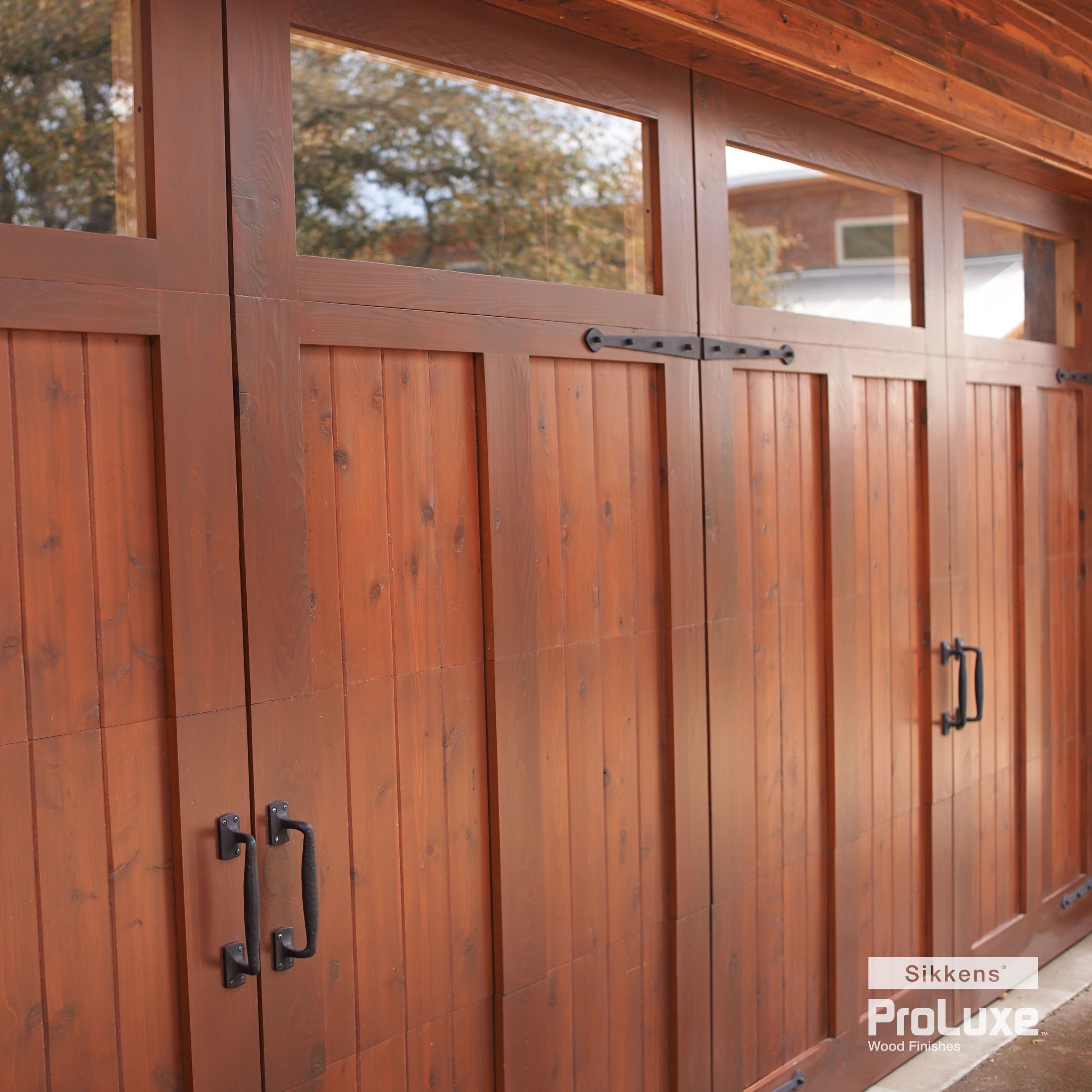 Featuring Sikkens Proluxe Cetol Srd In Mahogany Exterior Wood Wood Garage Doors Prairie Home