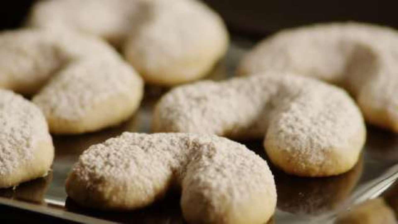 Italian Wedding Cookies Iii Recipe Italian Wedding Cookies Toffee Cookie Recipe Butter Ball Cookies Recipe