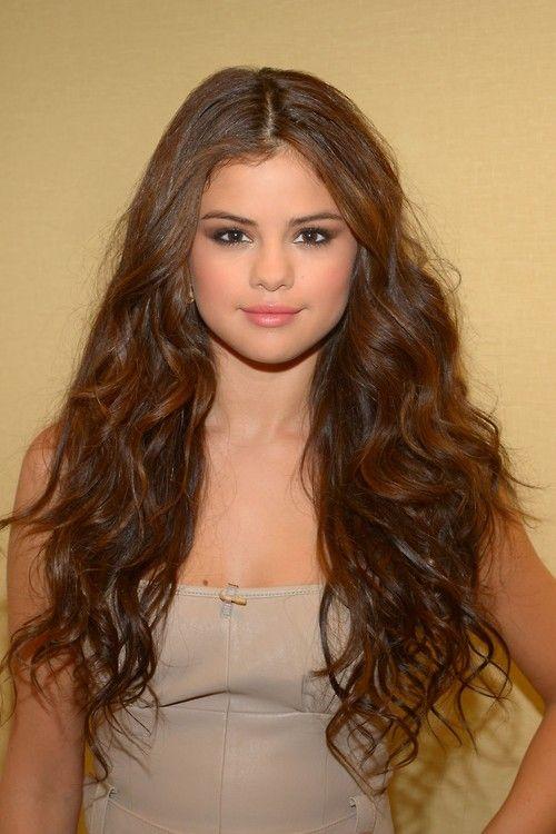 Selena Gomez Selena Gomez Hair Brown Wavy Hair Hair Beauty