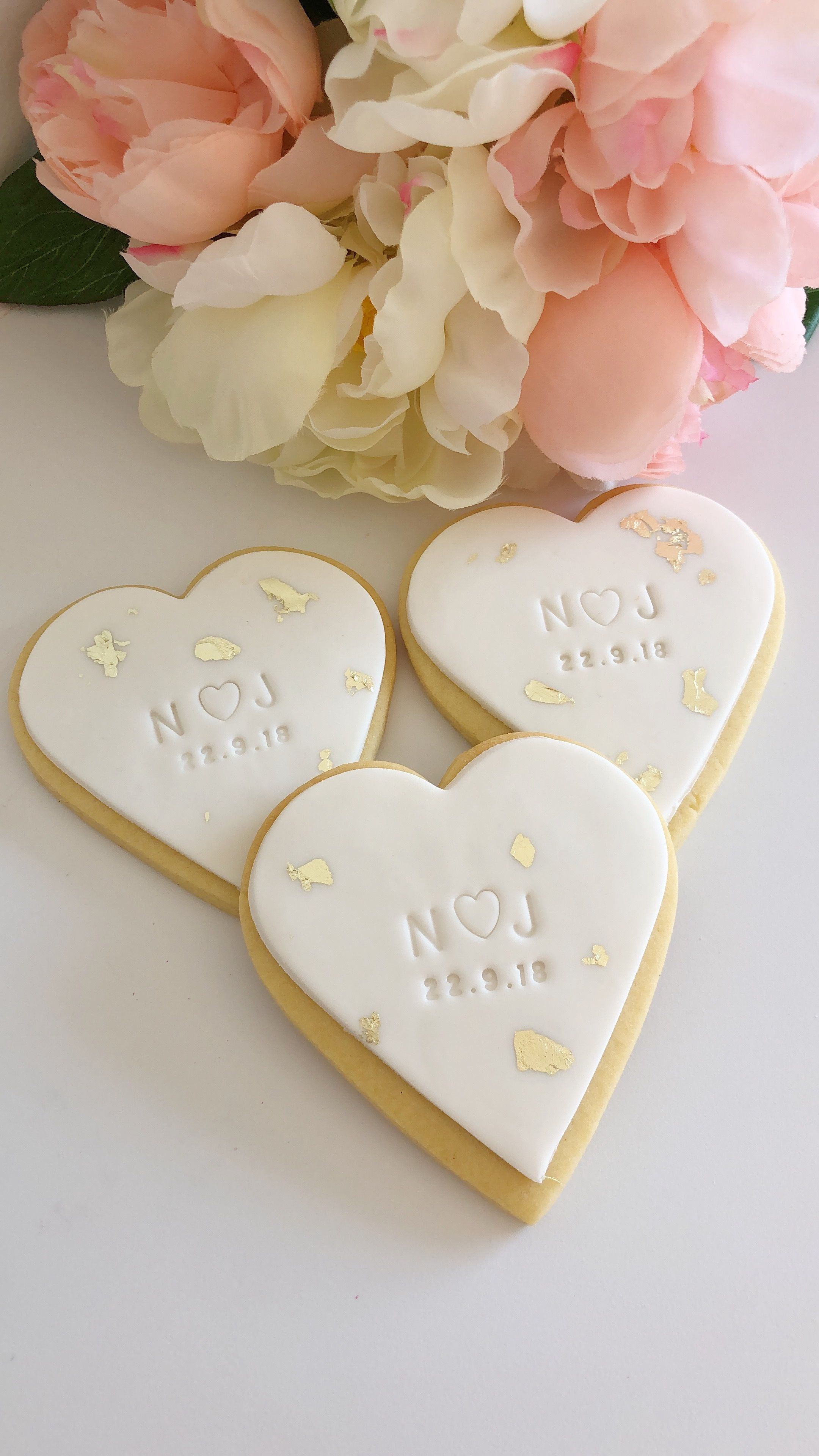 Personalised Custom Wedding Cookies Favours With Stamped