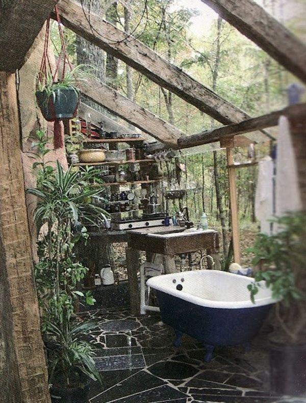 Merveilleux Jungle Bathroom With Wood!!!
