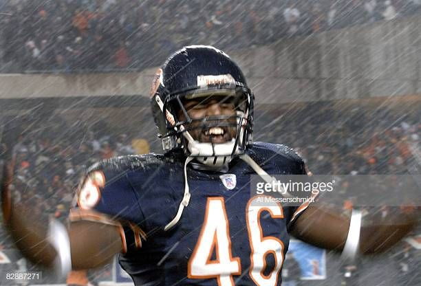 Chicago Bears Safety Chris Harris Celebrates In The Snow After