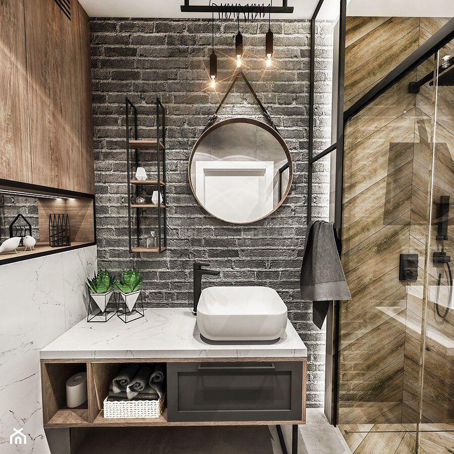Łazienka z dwoma odcieniami drewna 🖤 📍6 m2 📍w bloku 📍styl ...