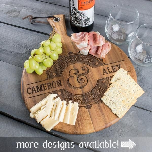 Personalized engraved Acacia wood cheese board - http://ift.tt/2oj7nad