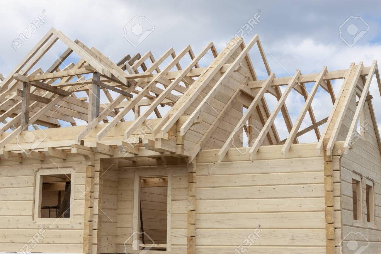 Estructura De Una Casa De Madera En Construcción Polonia Casas De Madera Casa De Madera Estructuras De Madera