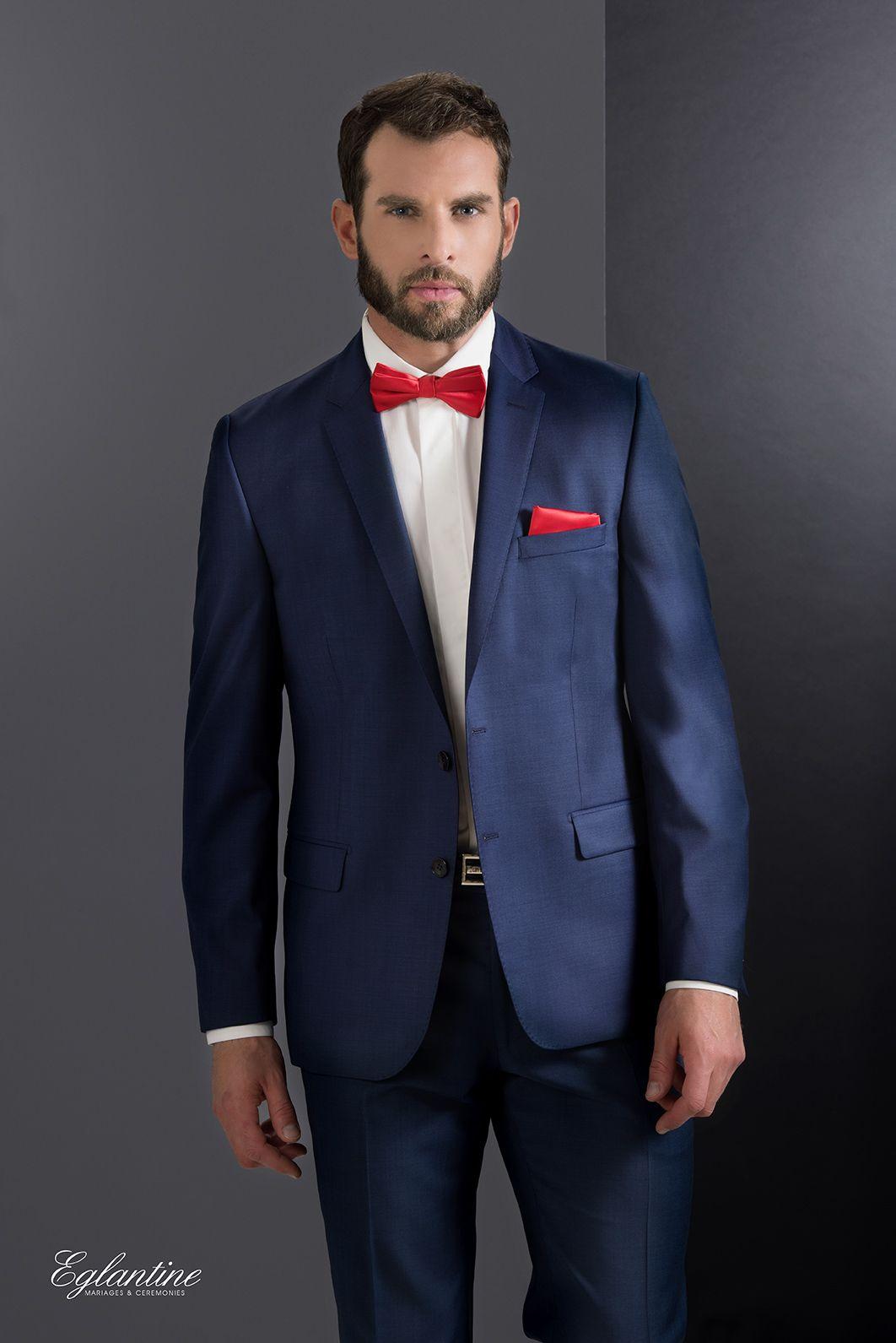 costume italien couleur bleu en laine super 110 pour une tenue irr prochable la veste col. Black Bedroom Furniture Sets. Home Design Ideas