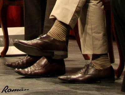 brown marrones Brown a y shoes striped rayas calcetines with socks marrones Zapatos vW41q77w