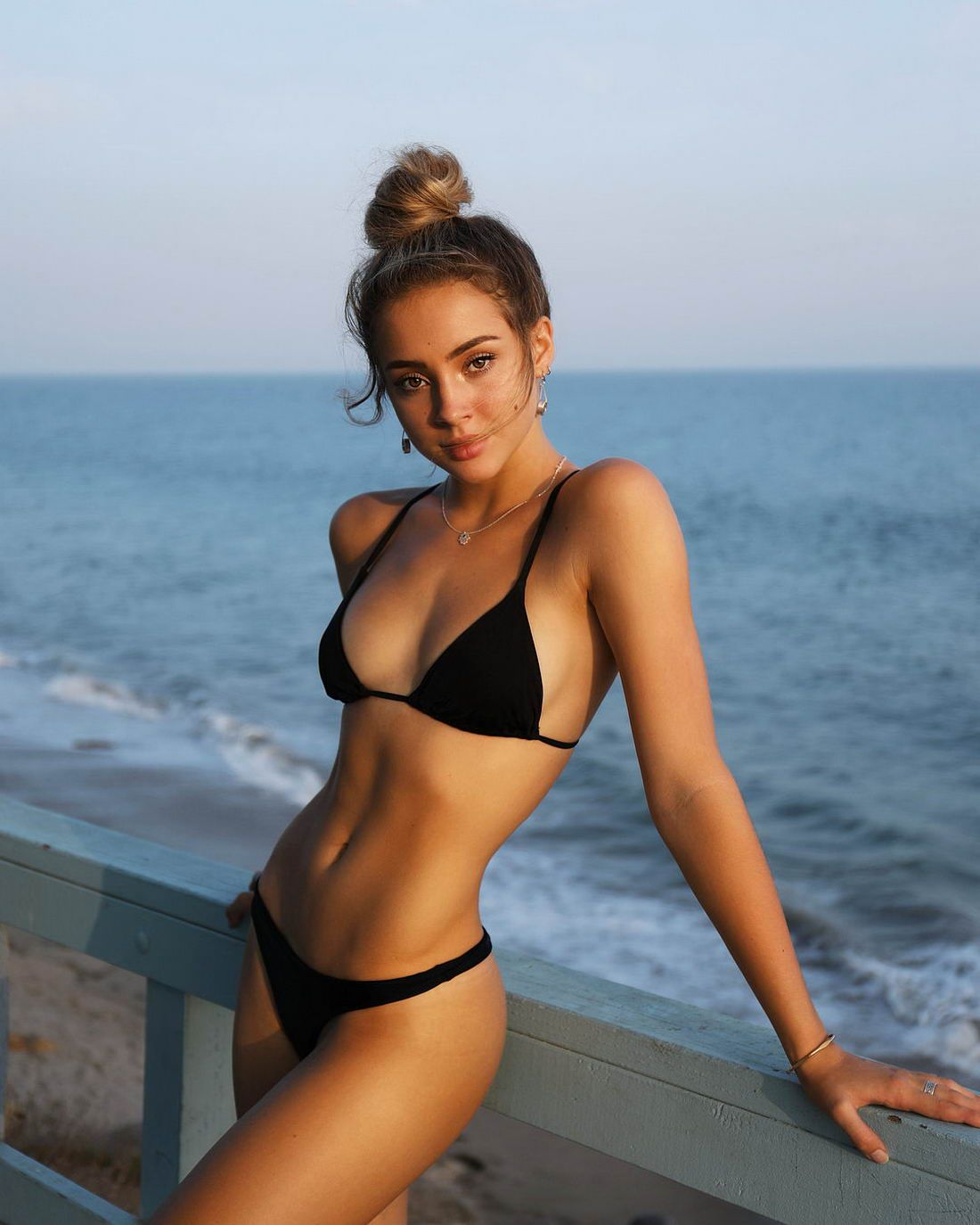 Charly Jordan Erotic Nude Photos 99