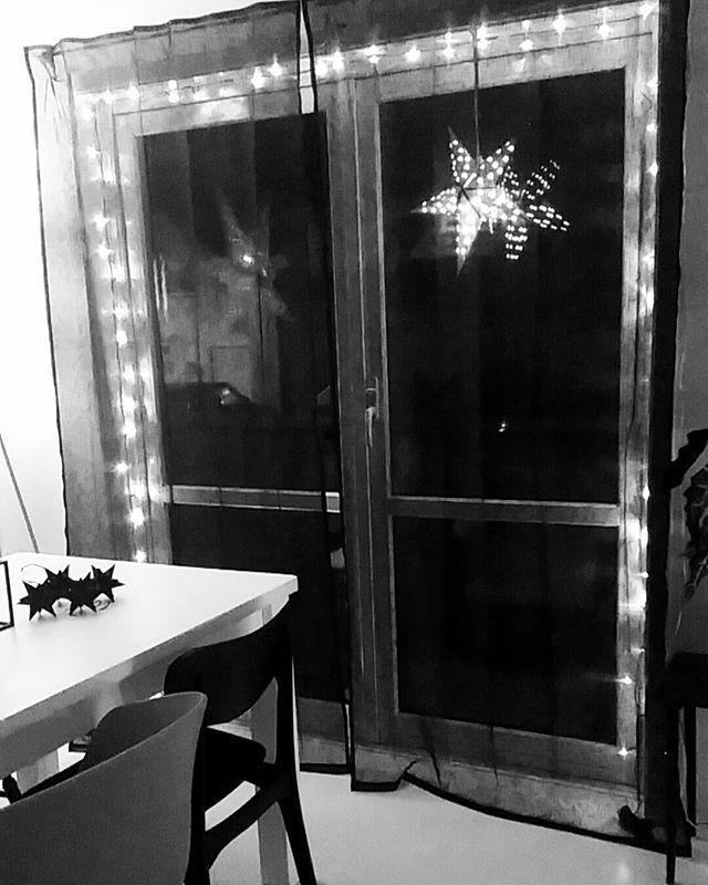 💫#lights#desember#interiør#stars#rom123dk#rom123#nordiskehjem#skandinaviskehjem#jul#boligliv_dk#boligliv