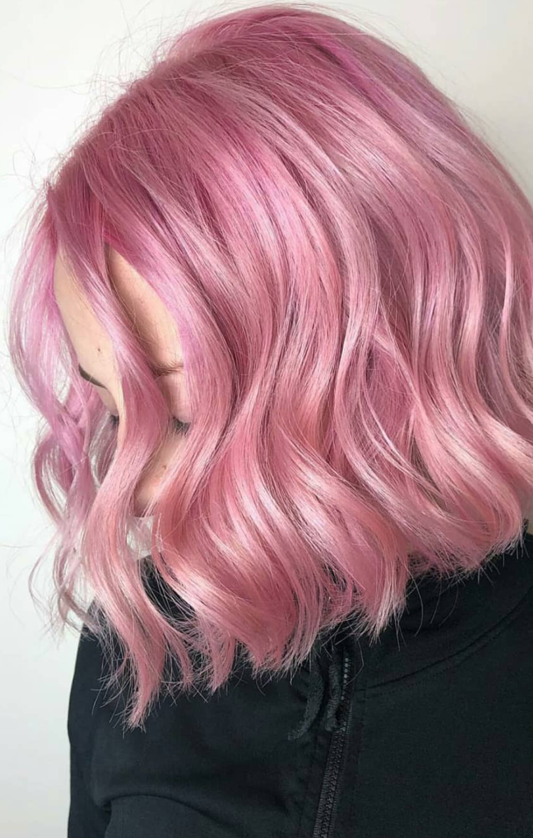 Classy And Chic Hairstyles Inspired By The Red Carpet Style Of The Actresses On The 2018 Oscars Elegant Hairstyles W Pink Hair Dye Pink Hair Cool Hair Color
