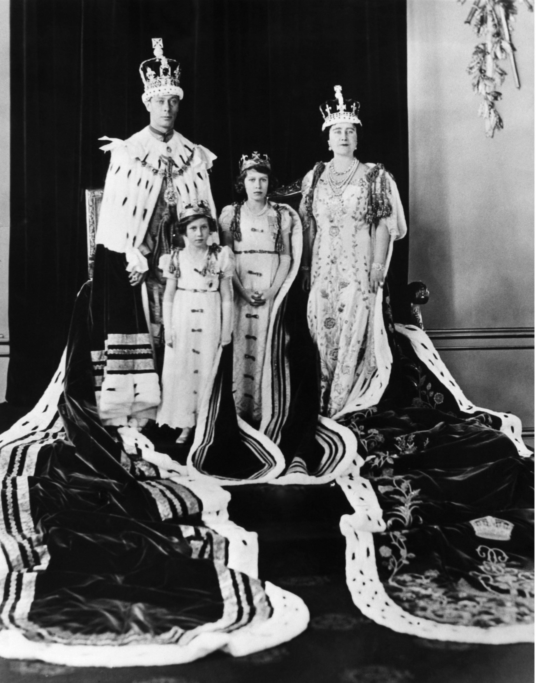 Queen Elizabeth turns 89 1937 Her father's coronation as
