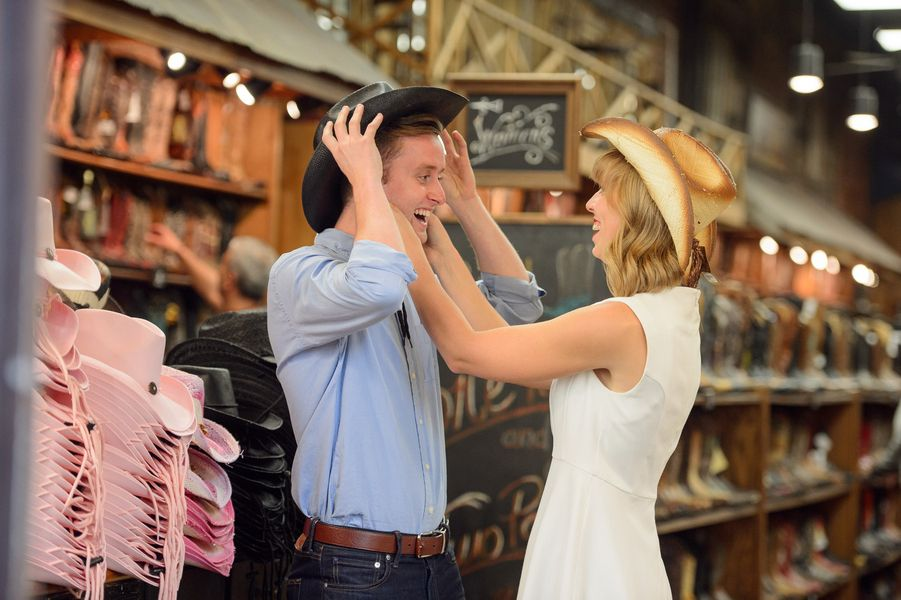 Nashville Engagement Session | Eye Wander Photography | Nashville, Tennessee | Reverie Gallery Wedding Blog