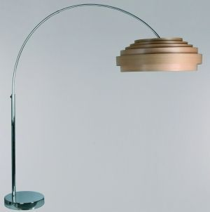 Staande Lamp Met Natuurlijke Houten Kap Geeft Een Sfeervolle Warme Uitstraling Ay Illuminate You Verlichting Natuurlijk Hout Voor Het Huis