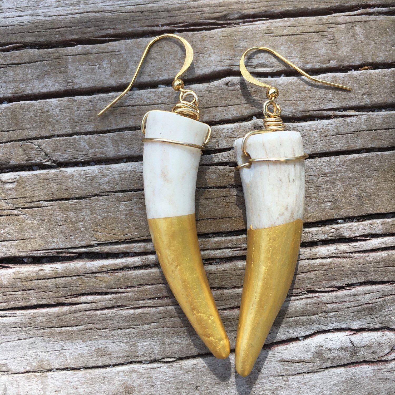 Gold Dipped Antler Earrings, Rustic Antler Earrings, Short Antler Tip Earrings, Bohemian Jewelery, Antler Tip Jewelery by WyomingClothesline on Etsy https://www.etsy.com/listing/261721683/gold-dipped-antler-earrings-rustic
