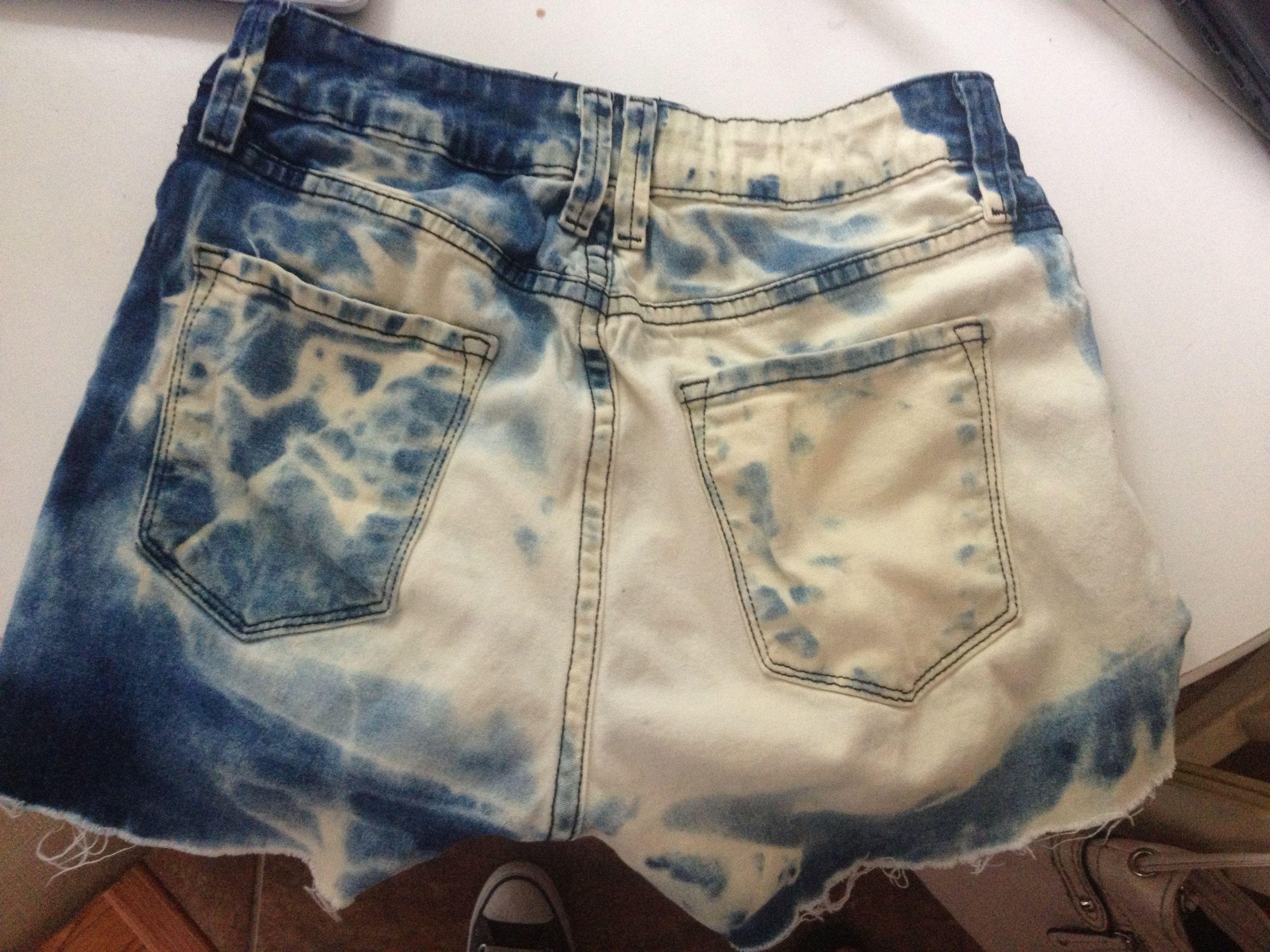 Bleach shorts DIY | Diy shorts, Bleached shorts, Tye dye