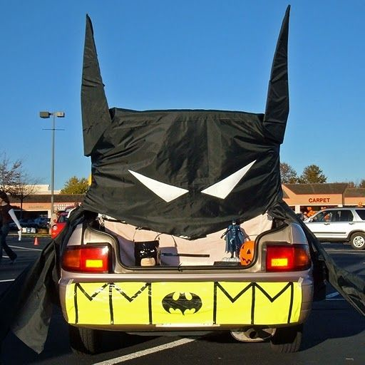 trunk or treat -Bat Mobile Halloween Pinterest Super simple - halloween trunk or treat ideas