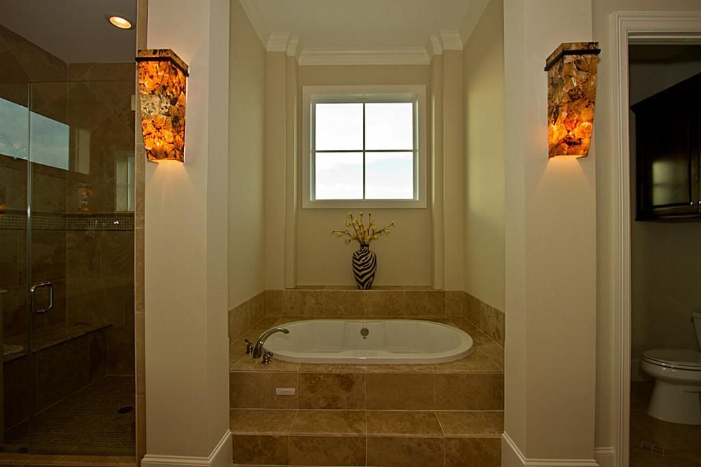 Whirlpool Tub And Extra Large Walk In Shower