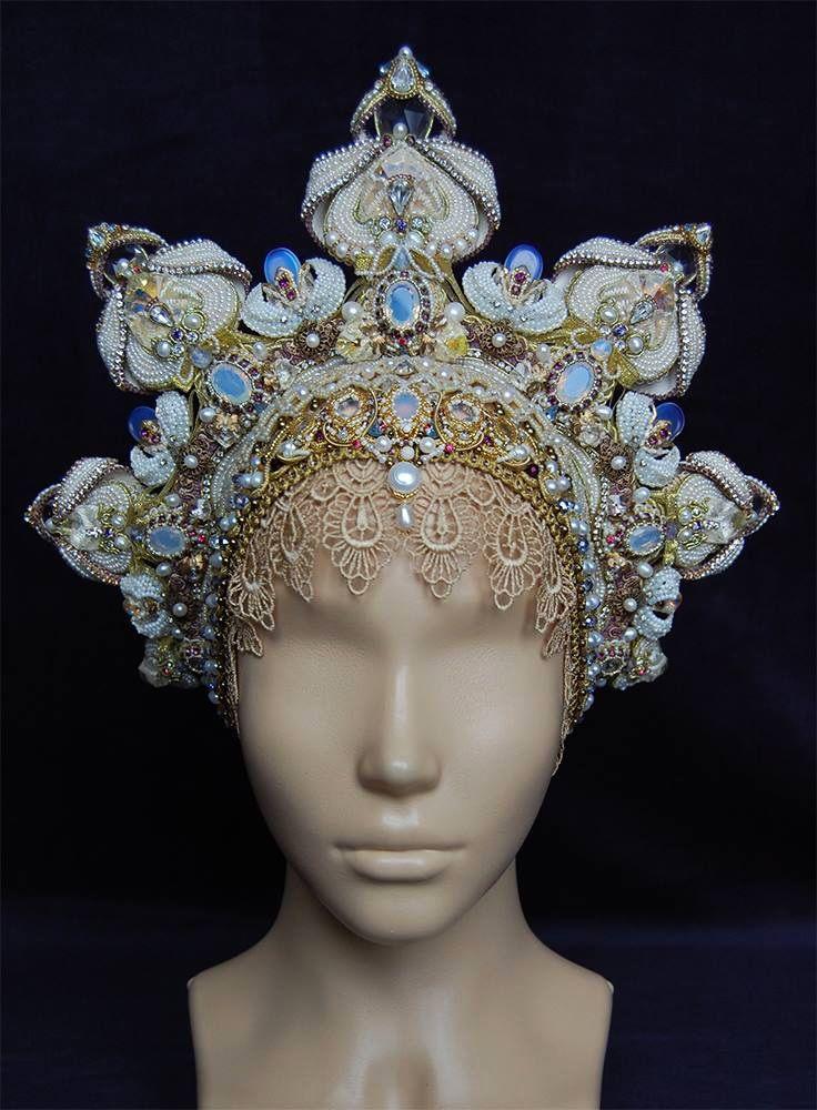 2015 Bead Dreams ribbon winners Best in Show: Objects & Accessories, Swan Princess Headdress-Transformer by Oleysa Bryutova Best in Show Runner-up: Seed Beads, Whisper Wind by Tatiana Konstan
