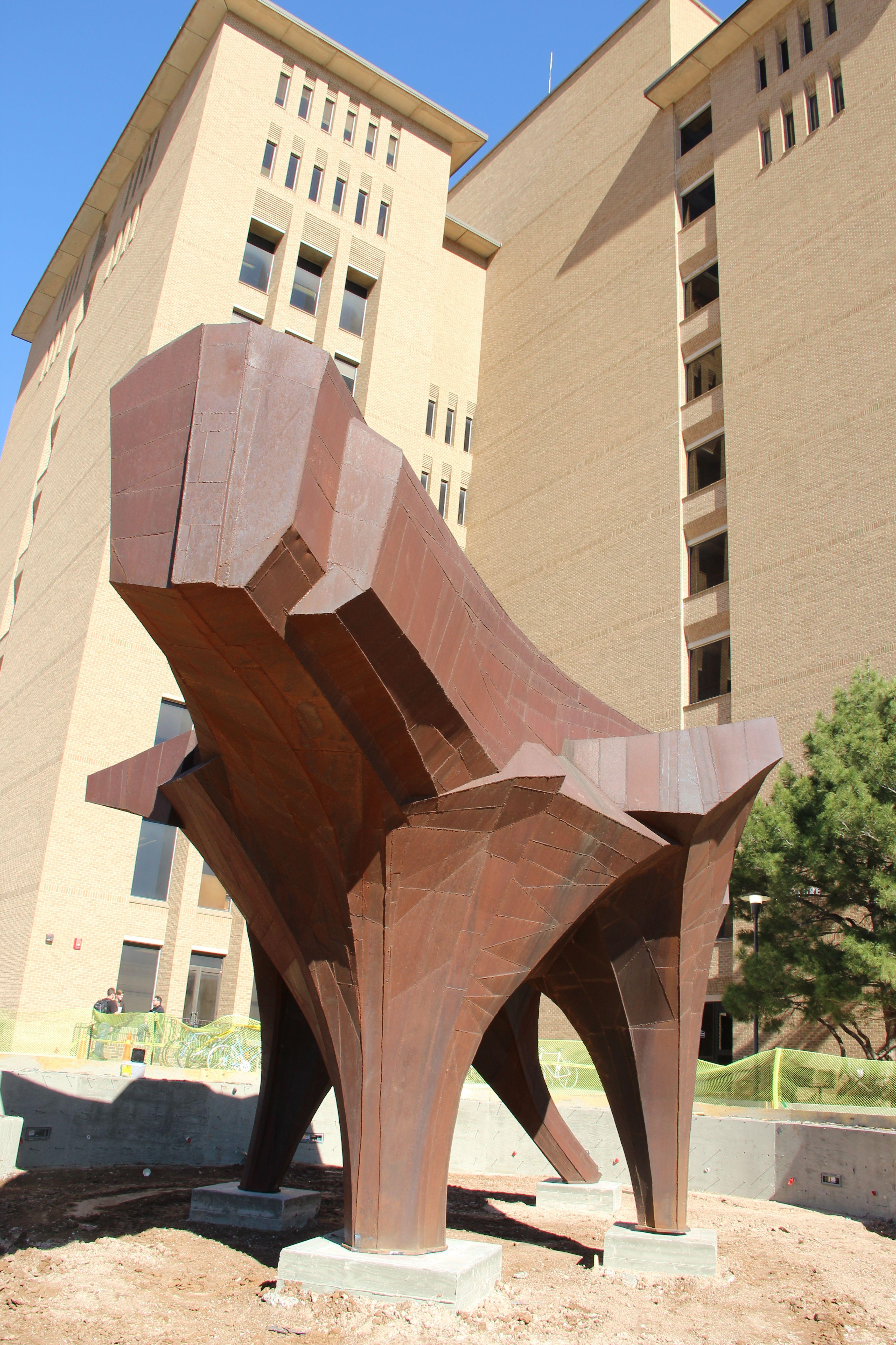 Discover New Art At Texas Tech S Public Art Collection Steel Architecture Texas Tech Texas Tech University