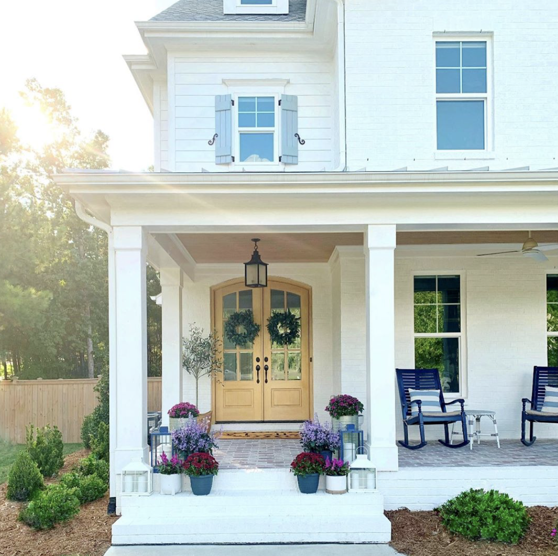 13 Stunning Fall Porches On Instagram You Missed Modern