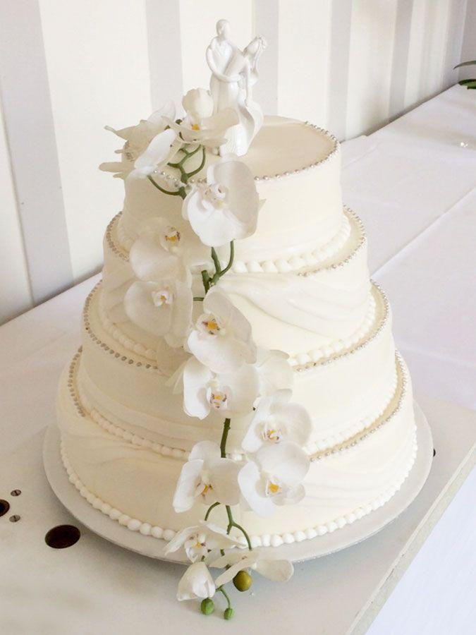 Tabler Hochzeits Torte Mit Echten Orchideen Ganz Schlicht Und Doch