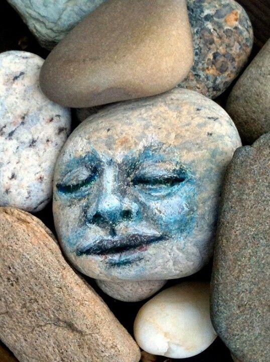 expressions rocks pebbles stones boulders pinterest peinture cailloux et galets. Black Bedroom Furniture Sets. Home Design Ideas
