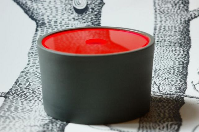 grey jar with neon lid by lutterlagkage, via Flickr