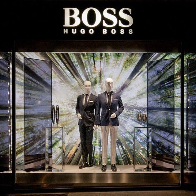 cb8401cda8 Vitrine de primavera da Hugo Boss em Paris | fashion window in 2019 ...