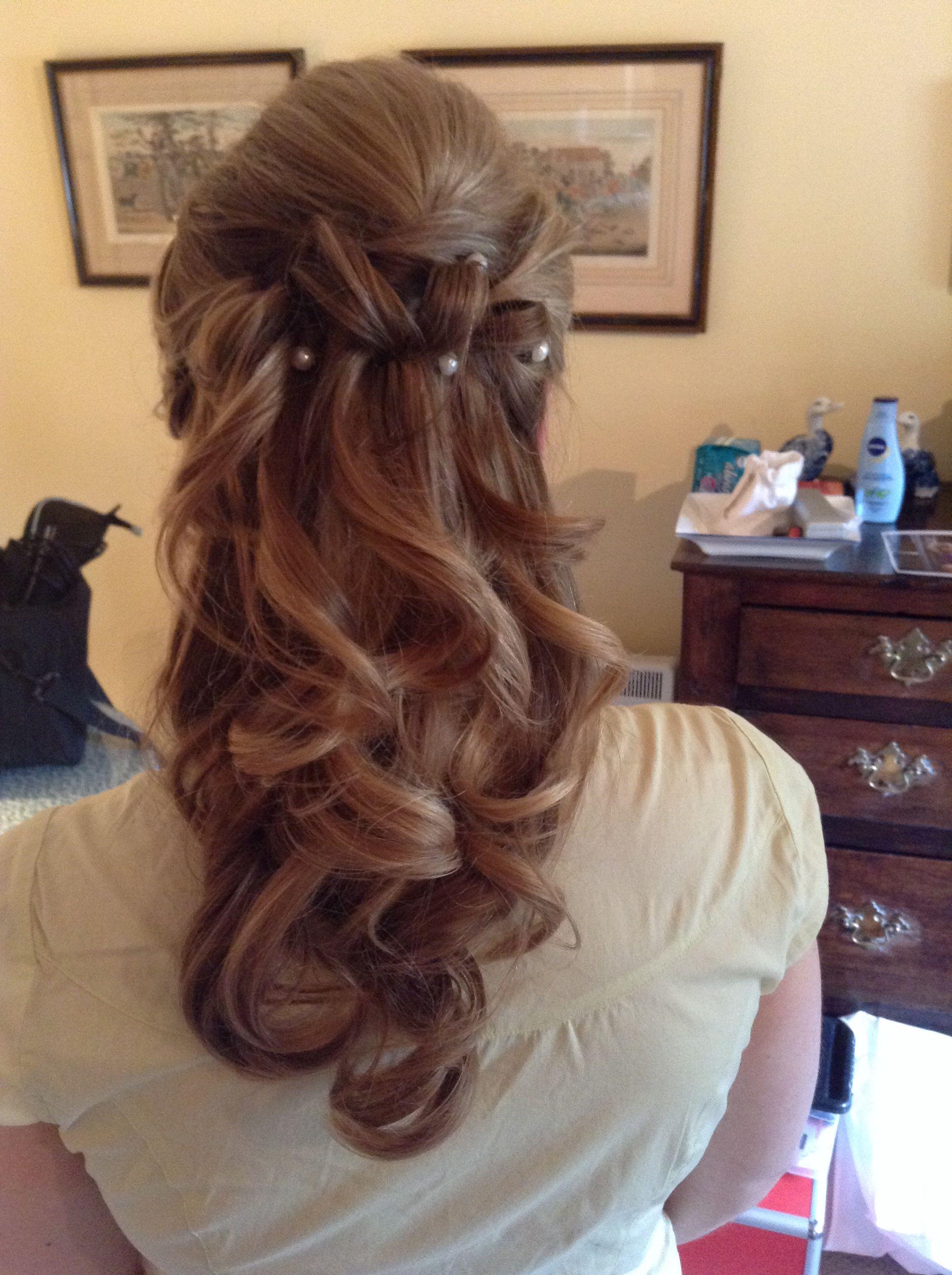 Bridal half up hairstyle half up hairstyles pinterest