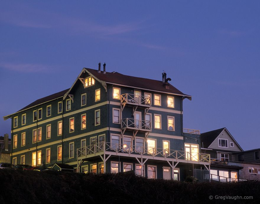 Sylvia Beach Hotel At Nye Newport Central Oregon Coast Every Room Is Themed After An Author Including Doctor Seuss Jk Rowling Emily Inson