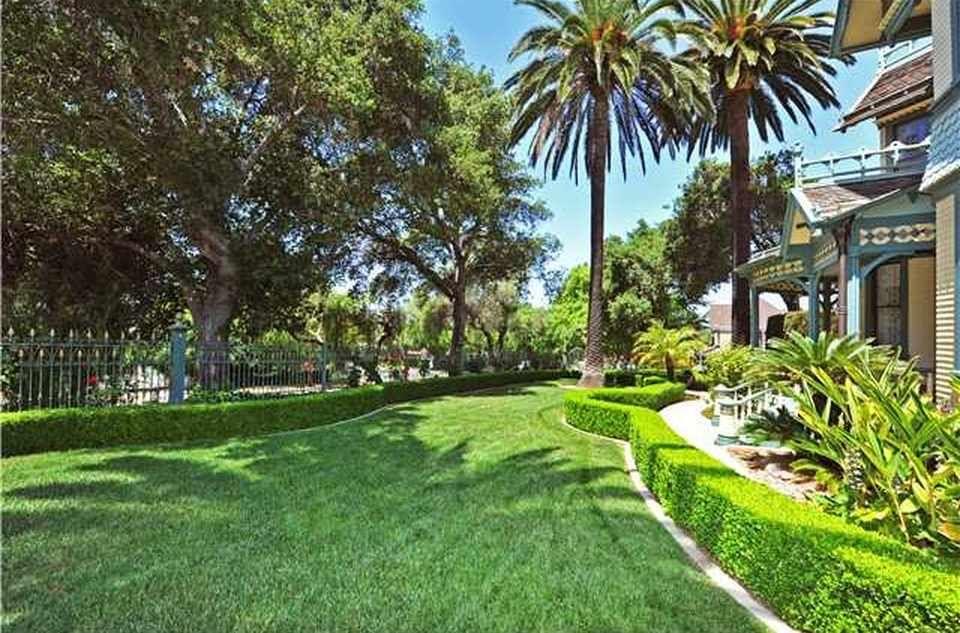 1896 Queen Anne – Escondido, CA – $1,200,000