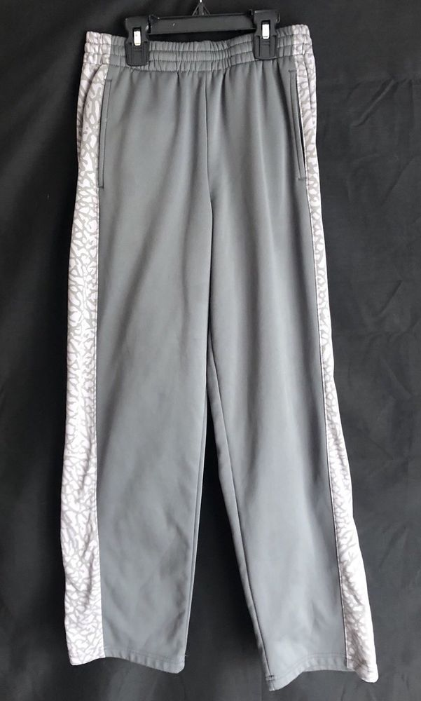 8bbd5477ba97f1 Nike Air Jordan Althletic Sweatpants Boys Size L - Gray - Therma Fit   fashion  clothing  shoes  accessories  kidsclothingshoesaccs   boysclothingsizes4up ...