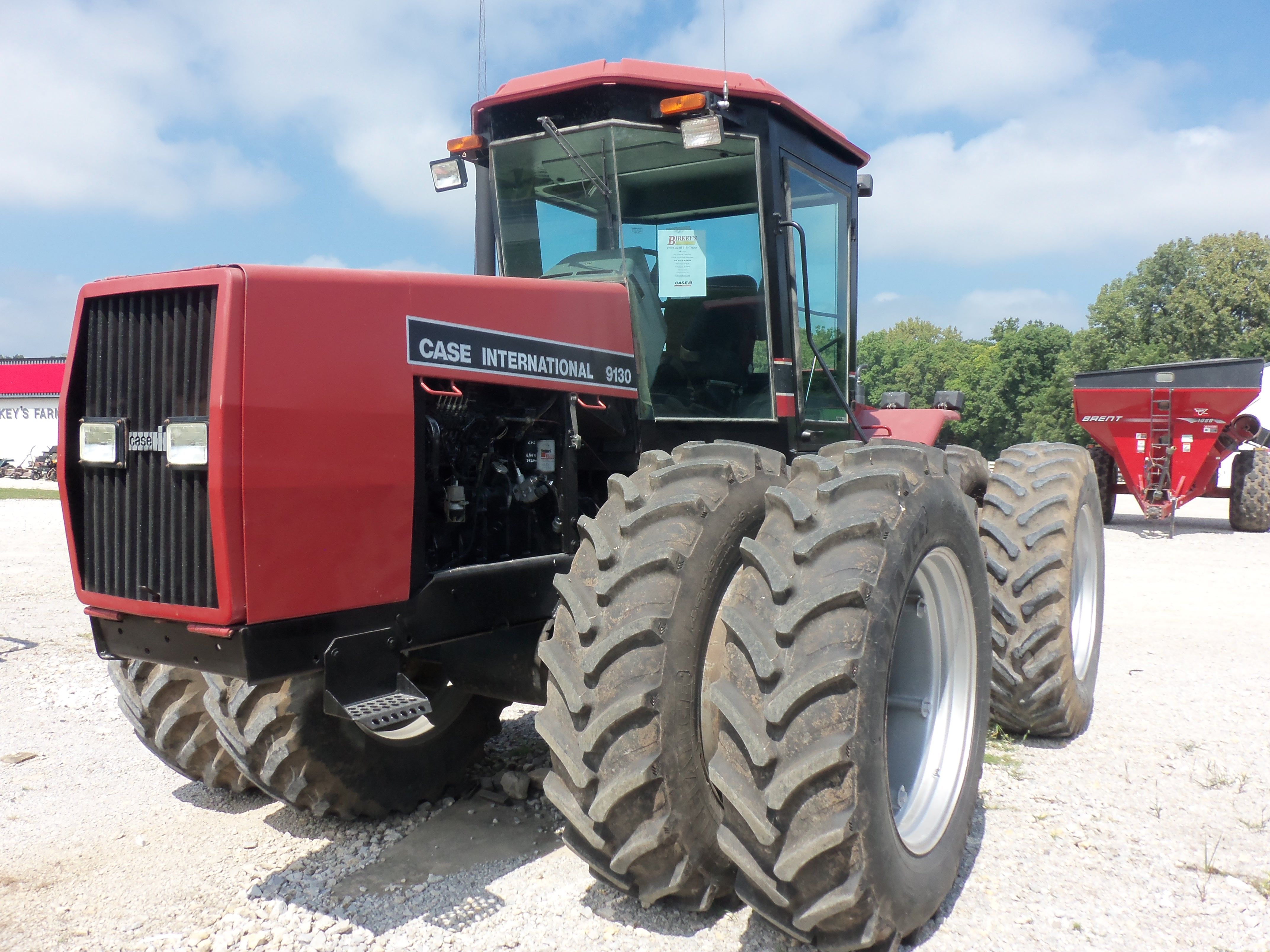 Case International 9130 4WD tractor 220 engine ,190 PTO hp, 17,750 lbs,115