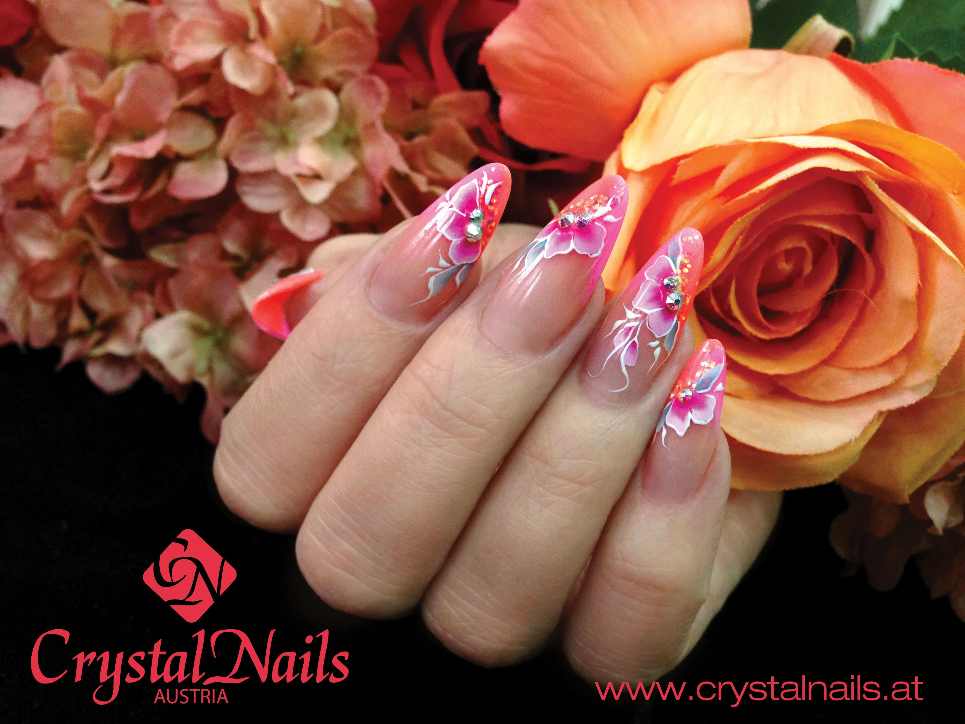 nails #Crystalnails #Nägel #ColorGel #nagelstudio #nailart #Muster ...