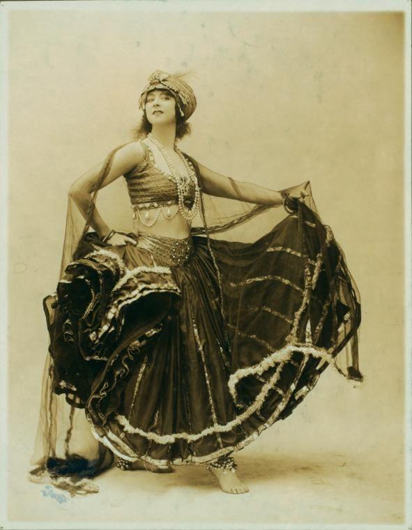 Black and Gold Nautch. 1917