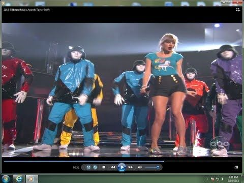 Ok her awko dancing makes this hilarious. And she gets off key quite often. Tsk tsk T-Swizzle