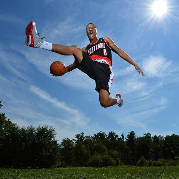 Portland Blazers Worth: Damian Lillard #0 Of The Portland Trail Blazers (Photo
