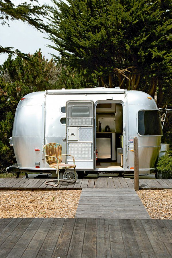inspirations vacances 1 voyagez en caravane ou van mobil cocoons pinterest and. Black Bedroom Furniture Sets. Home Design Ideas
