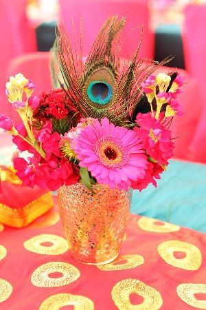 Pin By Lisa Scholl Kleiber On Cause I Like It Wedding Arrangements Wedding Decorations Indian Decor